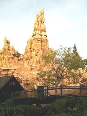 Big Thunder Mountain, ©www.my-disneyland-vacation.com